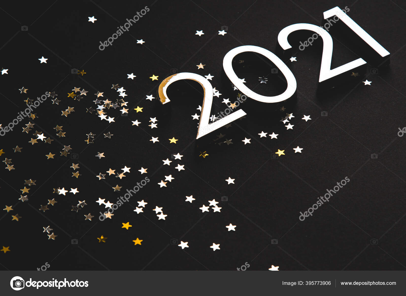 Silberne Metallzahlen 2021 Und Sterne Auf Schwarzem